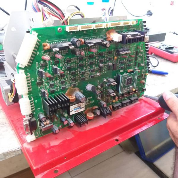 تعمیر برد الکترونیکی