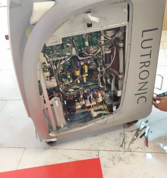 تعمیر دستگاه لیزر lutronic